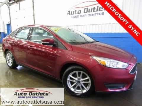 Pre-Owned 2016 Ford Focus SE FWD 4D Sedan