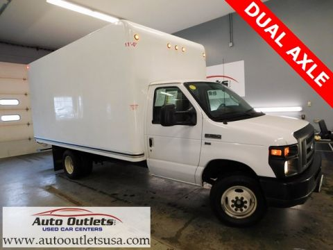 Pre-Owned 2016 Ford E-350SD Base RWD