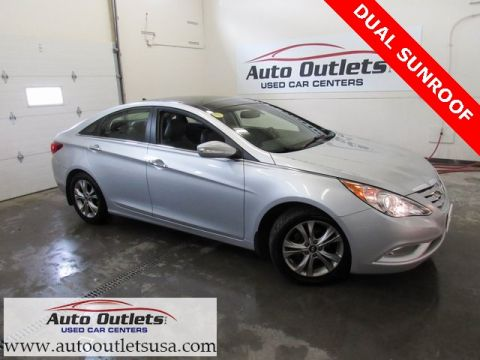 Pre-Owned 2013 Hyundai Sonata Limited With Navigation