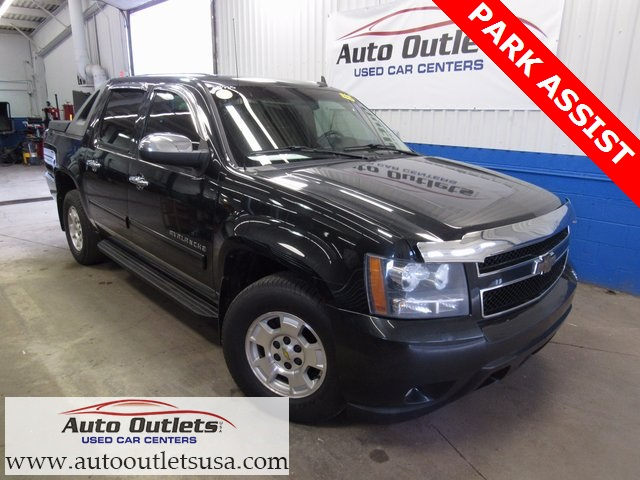 Pre-Owned 2010 Chevrolet Avalanche 1500 LT